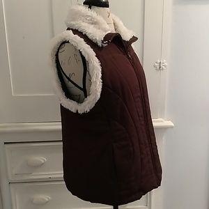 Debbie Morgan brown vest with faux fur Sz L